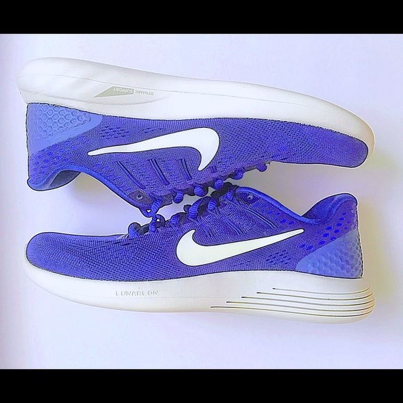 Brand new women's size 8 Nike running shoes